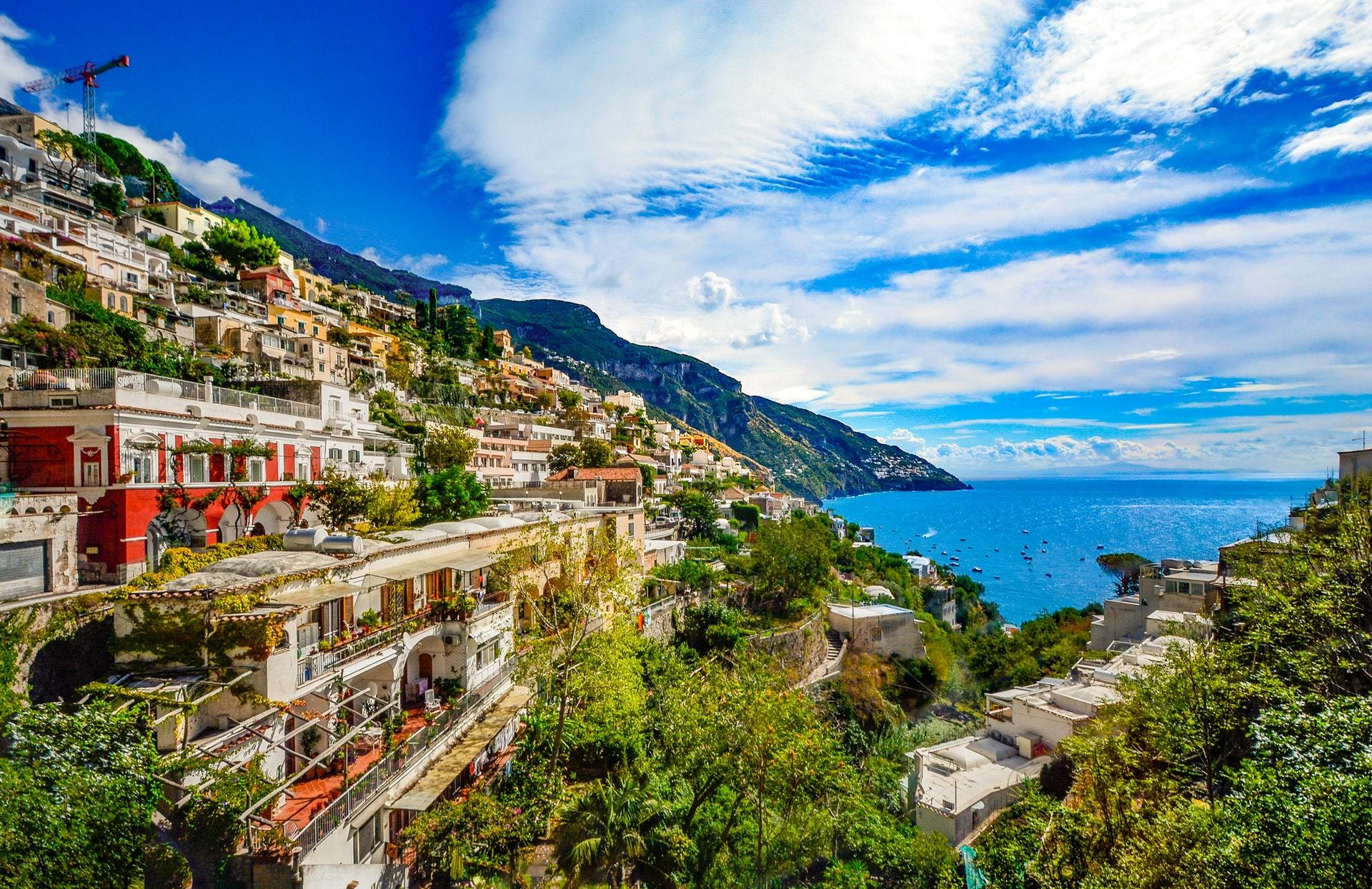 amalfi-amalfi-coast-architecture-373575